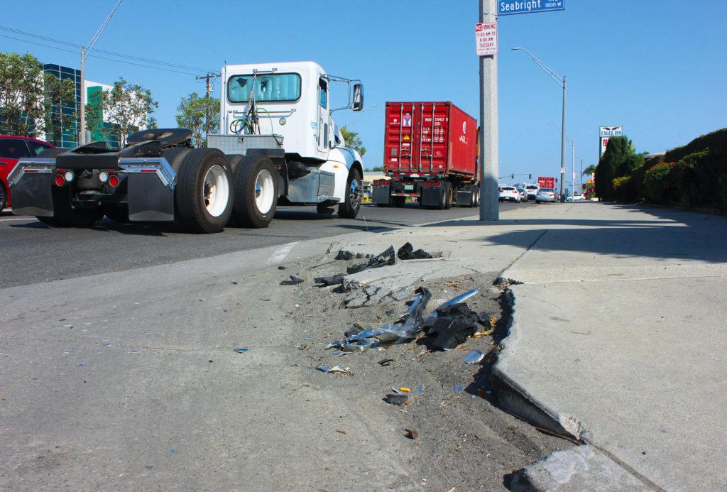Westside Long Beach Crumbling Sidewalk