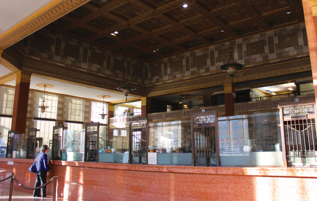 Farmers & Merchants Bank Lobby