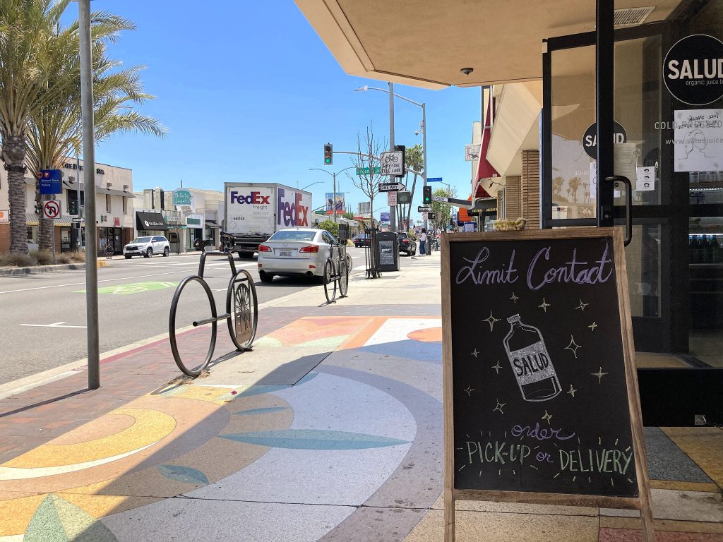 Salud, cold pressed juices, 2nd Street, Belmont Shore